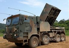 Defense wheeled vehicle equipped with an Allison transmission.