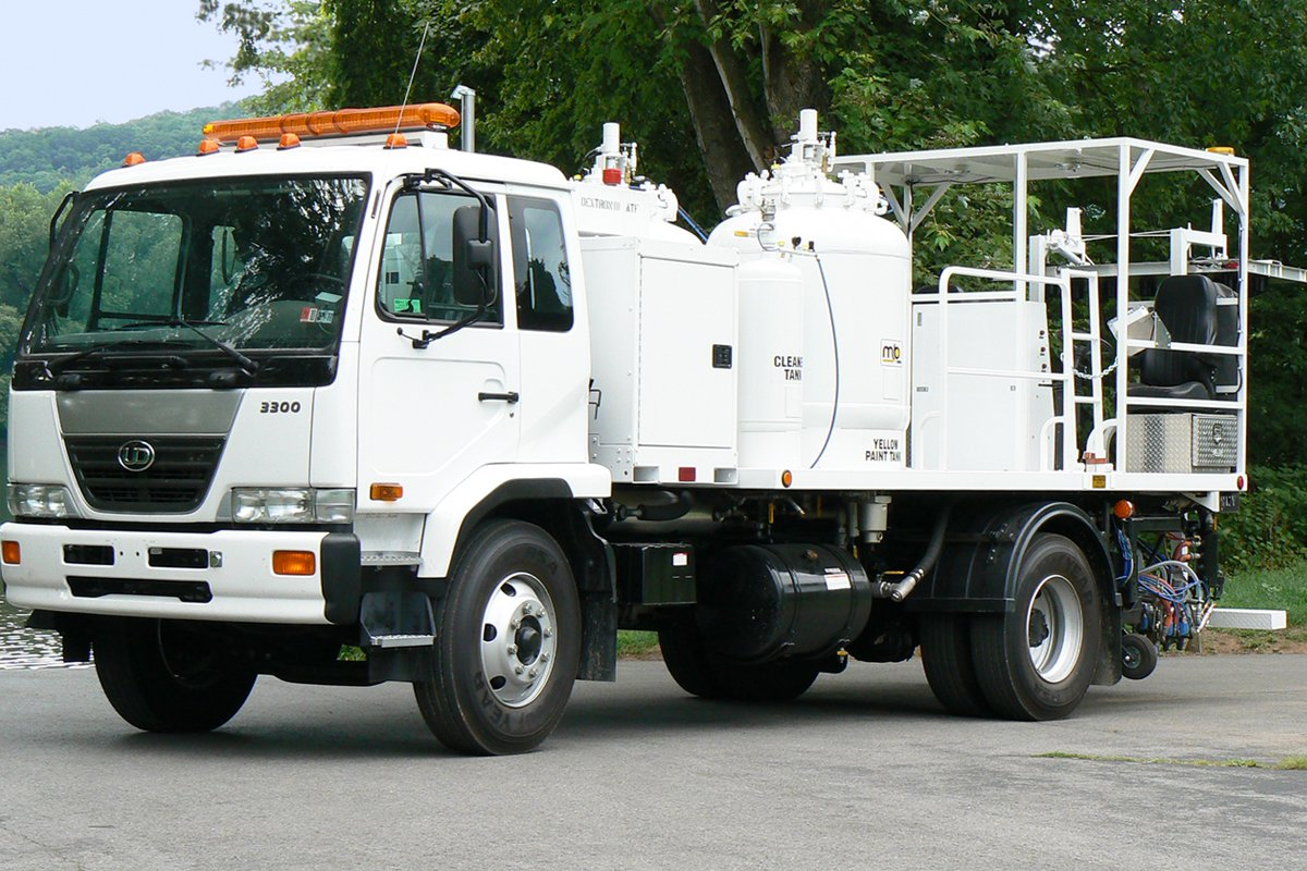 Striper truck equipped with an Allison transmission