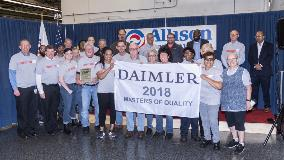 Allison receives Masters of Quality Award from DTNA